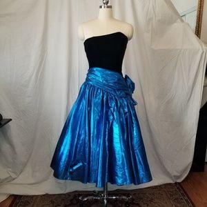 Radical! 80s formal electric blue lame blk velvet
